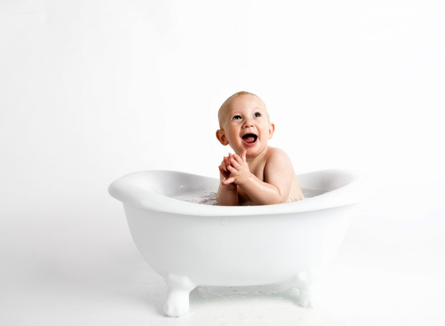 Baby in the bathtub Baby, Bathtub, Child, Kid, Laughing, Public ...