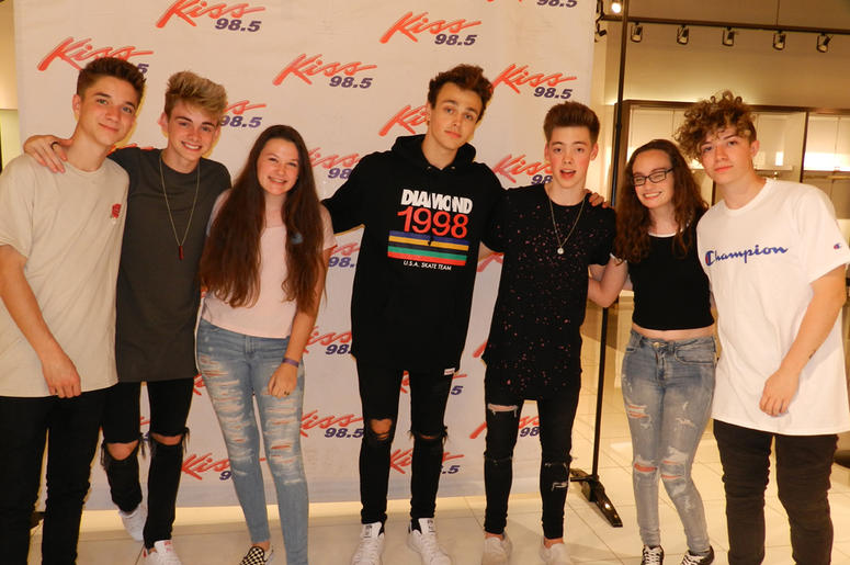 Why dont we meet and greet kiss 985 why dont we meet and greet m4hsunfo