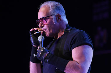 Andrew Dice Clay, Stand Up, Microphone, Cigarette