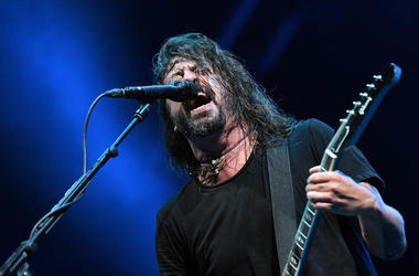 Dave Grohl, Foo Fighters, Concert, Singing, Microphone