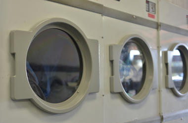 Dryer, Laundromat