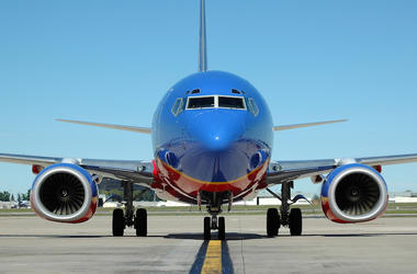 Southwest Airlines, Flight, Plane, Nose, Runway