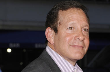 Steve Guttenberg, Suit, Red Carpet