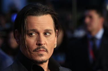 Johnny Depp, Suit, Red Carpet