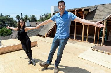 """July 19, 2017; Los Angeles, CA, USA; Drew Scott and fiancee Linda Phan during the filming of \""""Property Brothers at Home: Drew's Honeymoon HouseDrew's Honeymoon House"""