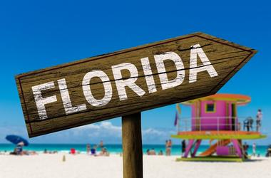 Florida sign on the beach