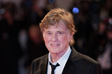 VENICE, Sept. 2, 2017 (Xinhua) -- Actor Robert Redford reacts on the red carpet to receive the Golden Lion Award for Lifetime Achievement at the 74th Venice Film Festival in Venice, Italy, on Sept. 1, 2017. Hollywood icons Robert Redford and Jane Fonda we