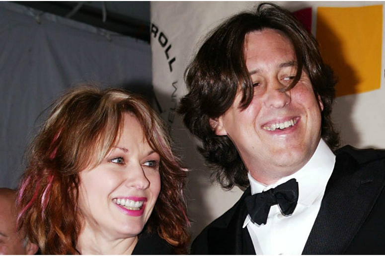 Nancy Wilson and Cameron Crowe arrive at the 2004 Rock And Roll Hall of Fame induction ceremony