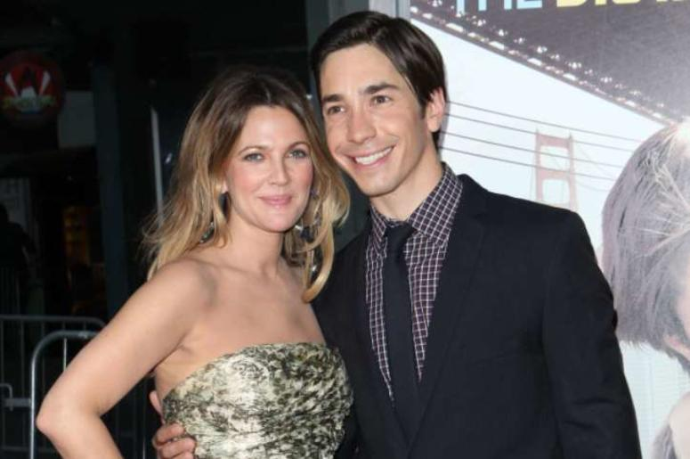 "23 August 2010 - Hollywood, CA - Actors Drew Barrymore and Justin Long arrive at the premiere of ""Going the Distance"" in Hollywood, California."