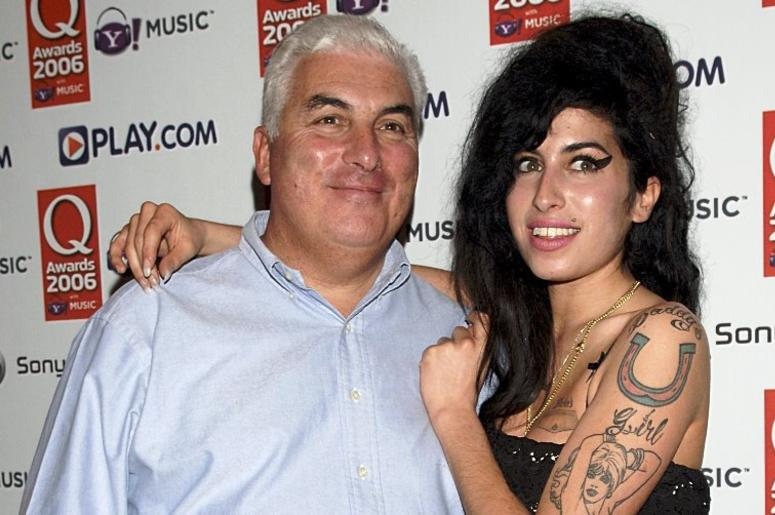 07/22/16 - Amy Winehouse with her father Mitch (10/30/06), who will mark the fifth anniversary of the death of the singer with a concert to raise money for her foundation.