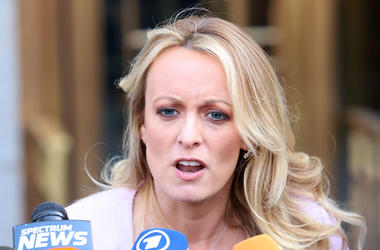 4/16/2018 - Stormy Daniels holds a press conference after leaving a federal court hearing in New York. (Photo by PA Images/Sipa USA) *** US Rights Only ***
