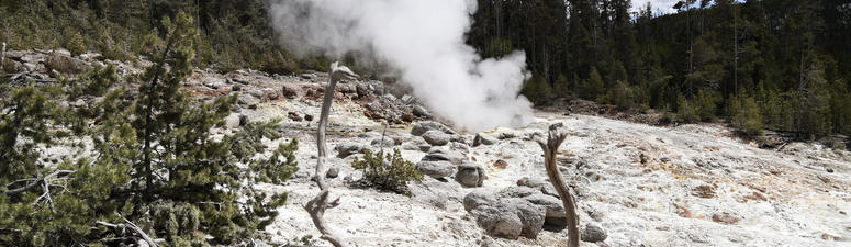 Yellowstone thermal spring erupts for 4th time in 60 years