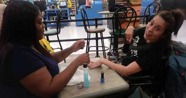 Walmart Cashier Helps Woman With CP