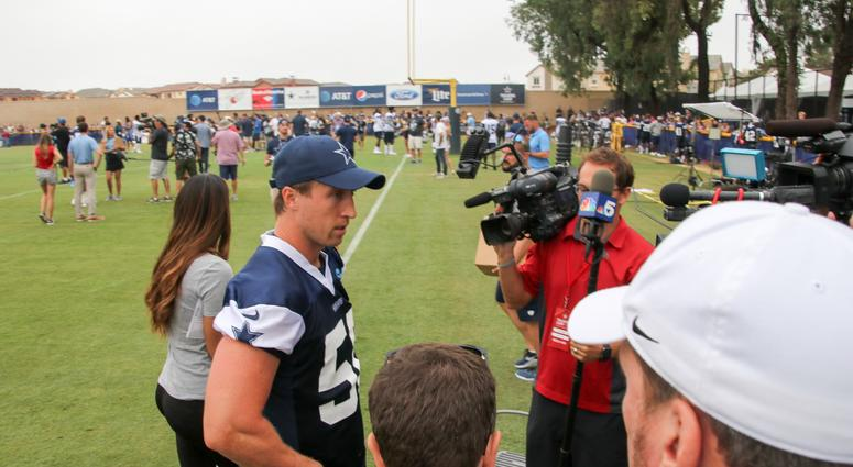 Sean Lee At 2018 Dallas Cowboys Training Camp