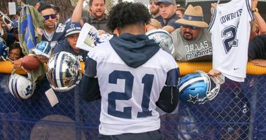 Ezekiel Elliott At 2018 Dallas Cowboys Training Camp