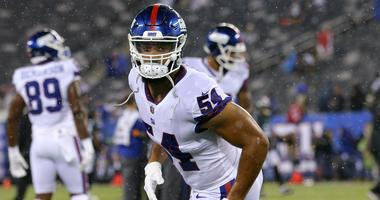 Oct 11, 2018; East Rutherford, NJ, USA; New York Giants linebacker Olivier Vernon (54) warms up before a game against the Philadelphia Eagles at MetLife Stadium.