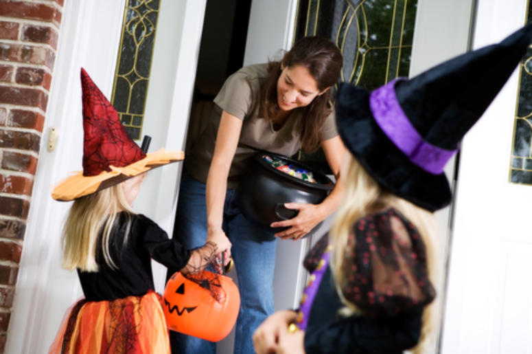 mom Passing out candy