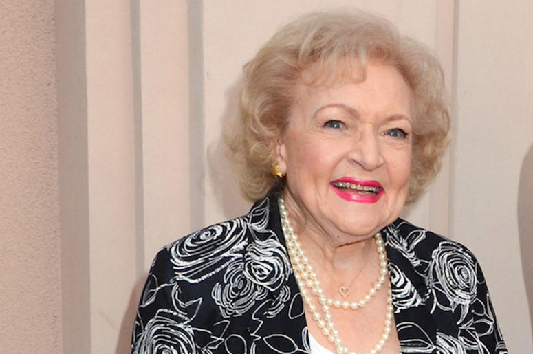 Betty White, Smile
