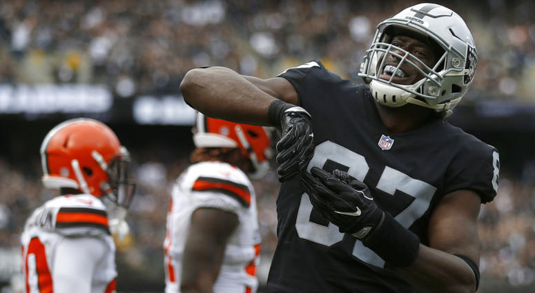 Oakland Raiders tight end Jared Cook