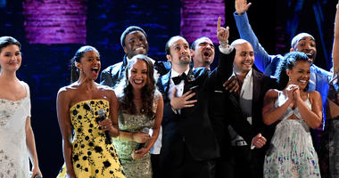 June 12, 2016; New York, NY, USA; The cast of 'Hamilton' close out the 70th Tony Awards after winning Best Musical during the 70th Tony Awards at the Beacon Theatre. Mandatory Credit: Robert Deutsch-USA TODAY NETWORK
