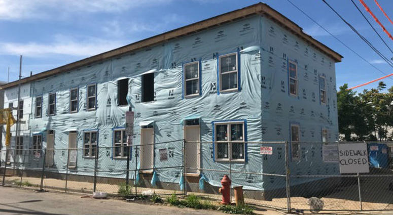 Temple University and Habitat for Humanity work together on a new five-unit home at 1600 Fontain St. in North Philly.
