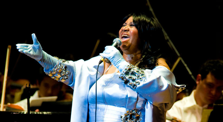 Aretha Franklin performs with the Philadelphia Orchestra at the Mann Center for Performing Arts on July 27, 2010 in Philadelphia, Pennsylvania.