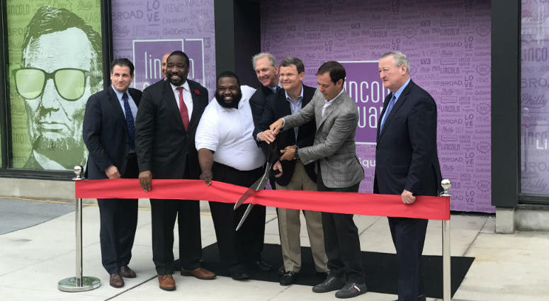 Lincoln Square celebrated its opening at Broad and Washington streets in South Philadelphia with a ribbon-cutting ceremony Wednesday.