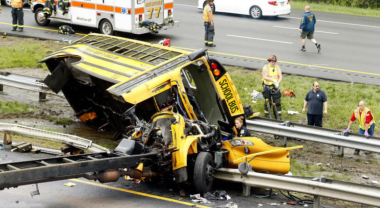 The bus, carrying middle school students from Paramus, was ripped from its chassis in an accident along Route 80.