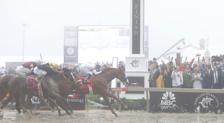 May 19, 2018; Baltimore, MD, USA; Mike Smith aboard Justify (7) wins the 143rd running Preakness race at Pimlico Race Course. Mandatory Credit: Amber Searls-USA TODAY Sports