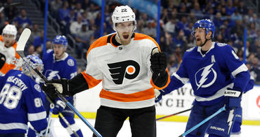 Philadelphia Flyers right wing Dale Weise
