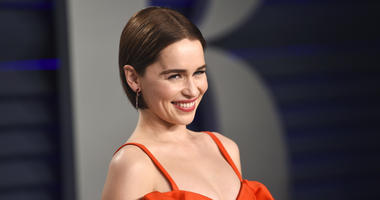 Emilia Clarke arrives at the Vanity Fair Oscar Party in Beverly Hills, Calif.