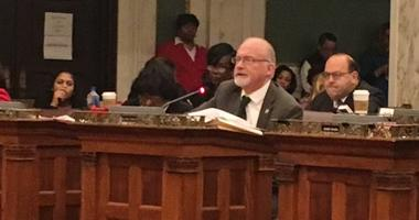 City council ends 2018 with legislation rush, but leaves key bills held