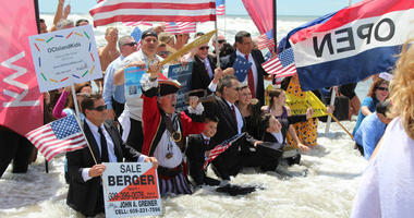 A scene from the 2017 Business Persons Plunge in Ocean City, N.J.