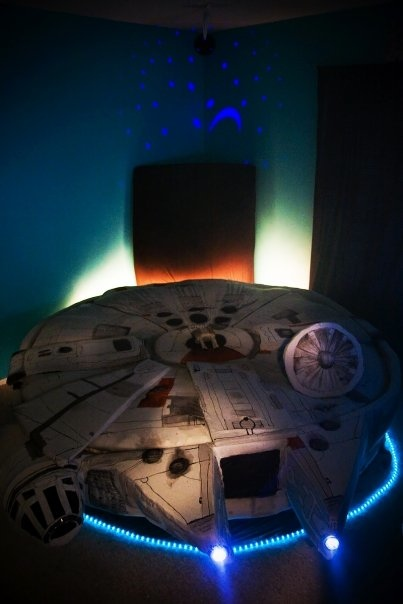 Millennium Falcon Bed A Must Have For Any Star Wars Geek