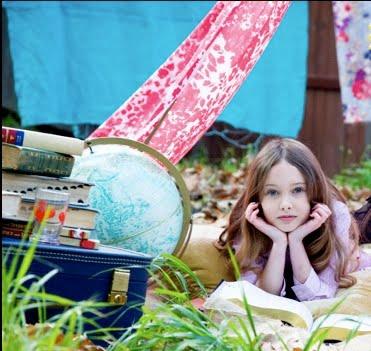 kids-fashion-playful-books