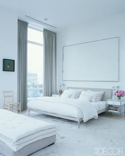 white-bedroom-bed