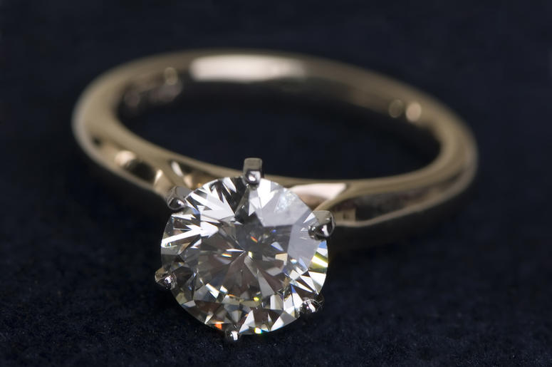 The Missing Monument Ave 10K Wedding Ring FOUND Mix 981