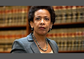 Is Loretta Lynch protecting Hillary Clinton from legal