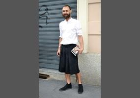 74aa580d Should men wear Skirts / Dresses? | Debate.org