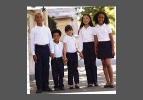 should kids have uniforms