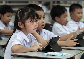 textbooks should be replaced by ipads and online resources essay