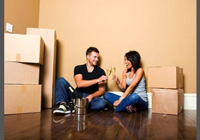should couples live together before getting married