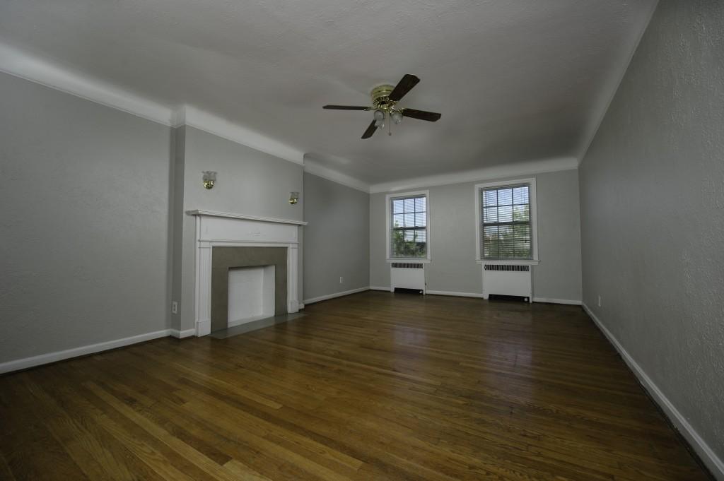2635-NM-Living-Room-1024×681