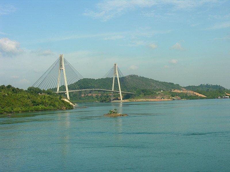 feb_20_1680_batam_cable_stay_bridge.jpg
