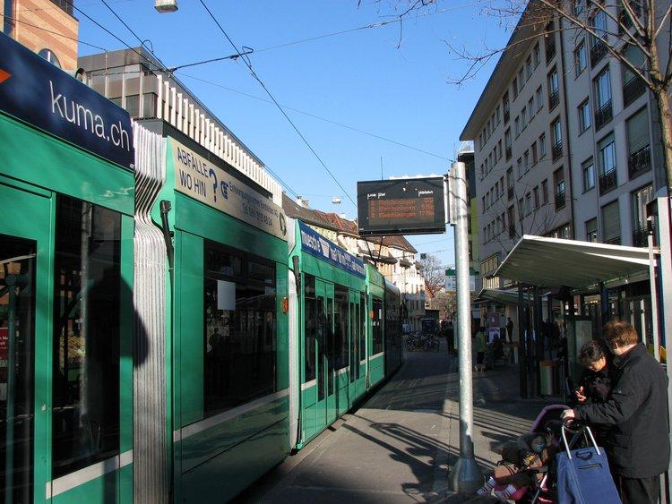 mar_12_0143_tram.jpg