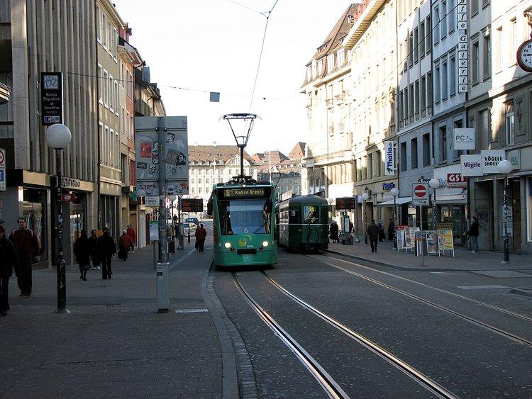 mar_12_0147_tram.jpg