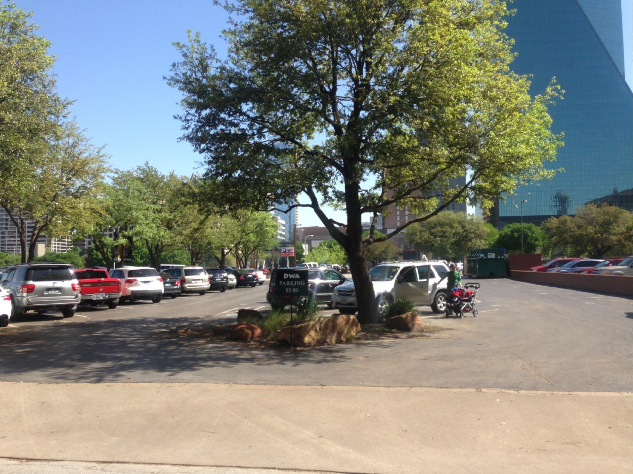 The Dallas World Aquarium Parking - Parking in Dallas | ParkMe