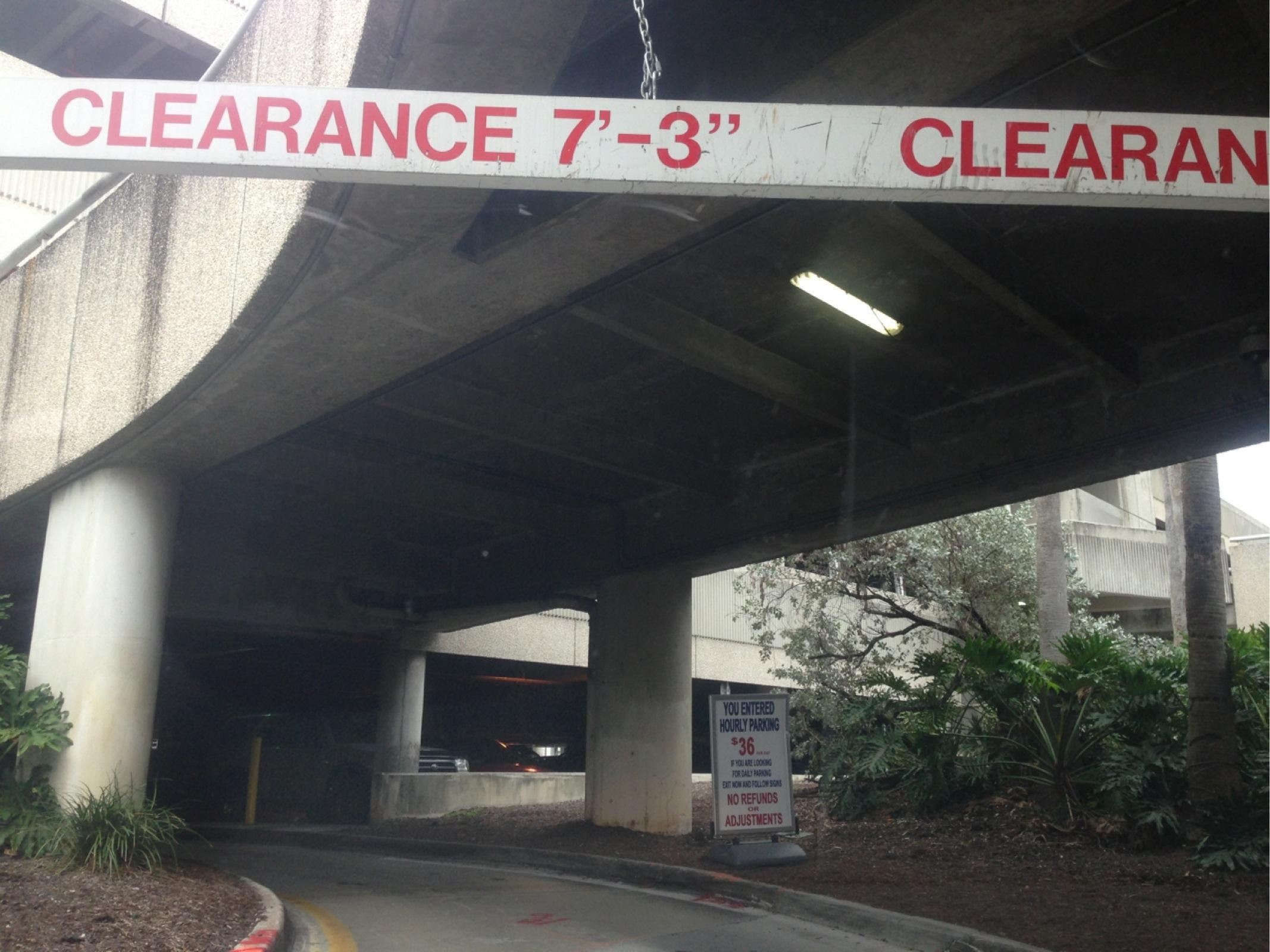Fll Palm Garage Hourly Parking In Fort Lauderdale Parkme