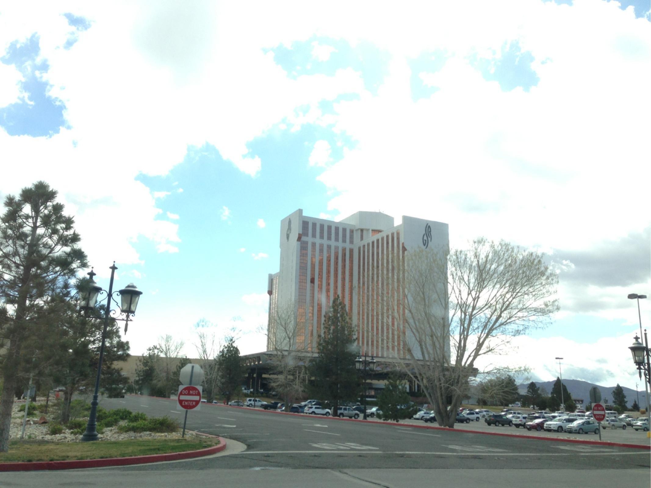 Sierra Nv: Grand Sierra Resort And Casino - Parking In Reno
