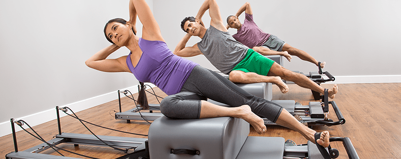 Group Allegro workout with sitting boxes